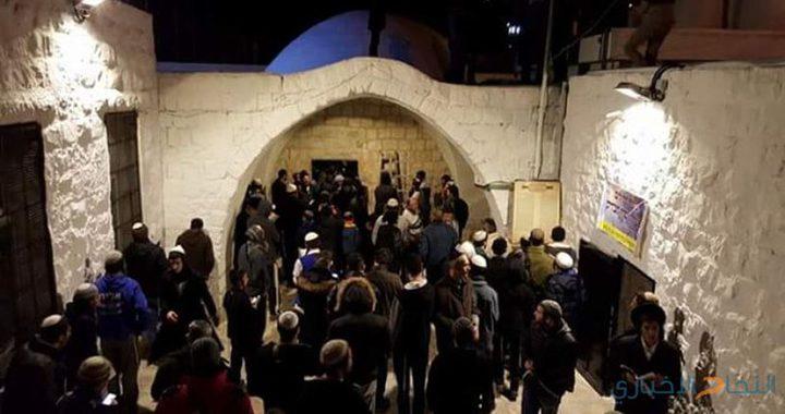 الاحتلال يستعد لاقتحام نابلس وتسهيل دخول المستوطنين لقبريوسف