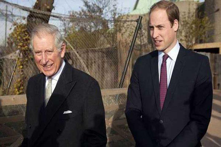 نصف البريطانيين يؤيدون تنازل تشارلز عن العرش لنجله