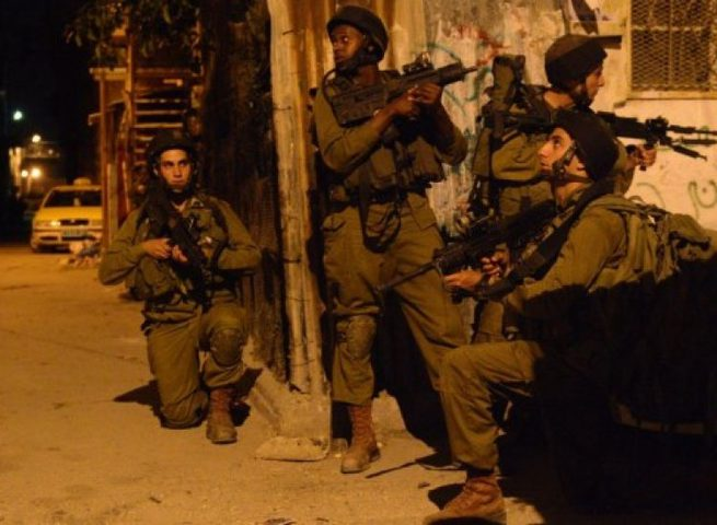 الاحتلال يعتقل 24 مواطناً من الضفة بينهم سبعة فتية