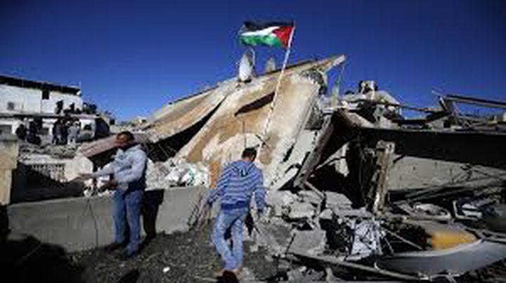 الحكومة تبدأ إعادة إعمار منزل أم ناصر أبو حميد في الأمعري