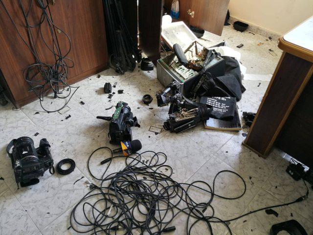 العلاقات الدولية بالمنظمة تدين الاعتداء على التلفزيون بغزة