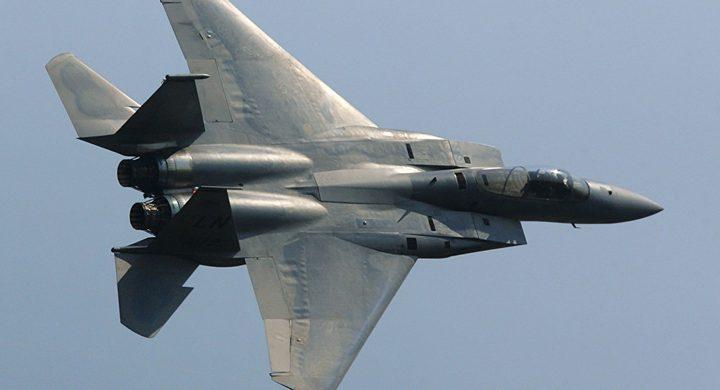 الاحتلال يوقف استخدام طائرات اف 15