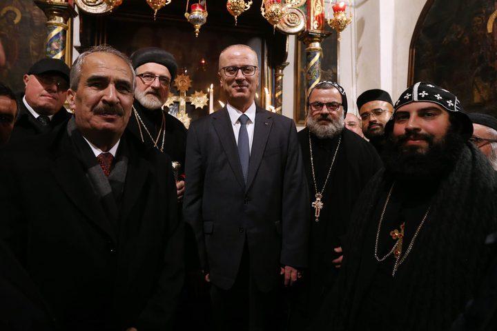 مشاركة رئيس الوزرء د.رامي الحمدالله في قداس منتصف الليل في كنيسة المهد بمدينة بيت لحم.