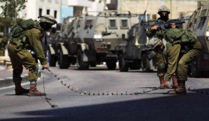 سلطات الاحتلال تغلق عدة طرق في الضفة الغربية