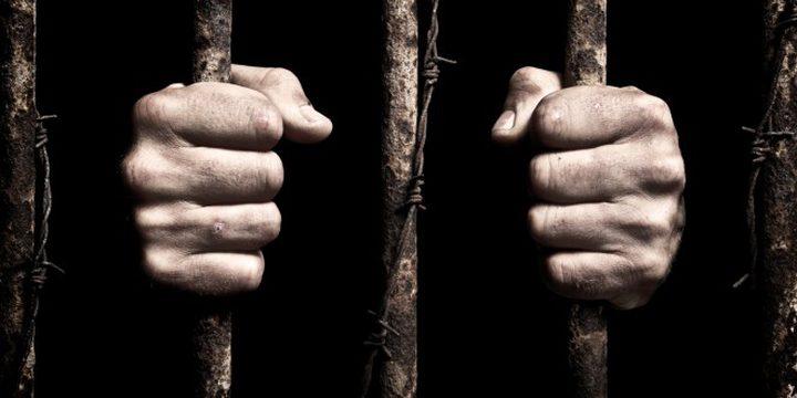 الأسير مارسيل عنزاوي يدخل عامه العاشر في سجون الاحتلال
