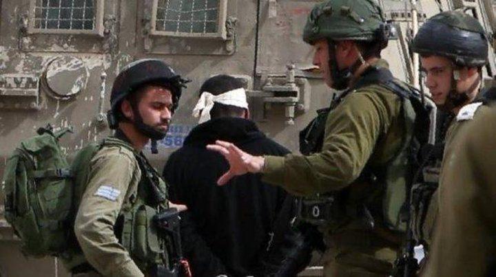 الأسير الشلالدة: الاحتلال ترك والدي ينزف لمدة ساعتين