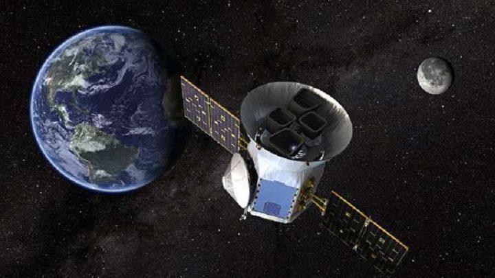 اكتشاف كوكب أثقل من الأرض خارج المنظومة الشمسية