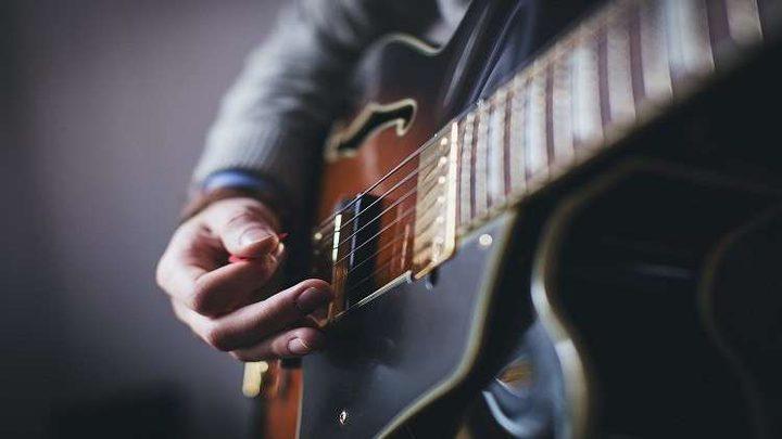 الموسيقى تنقذ البشر من مرض شائع!