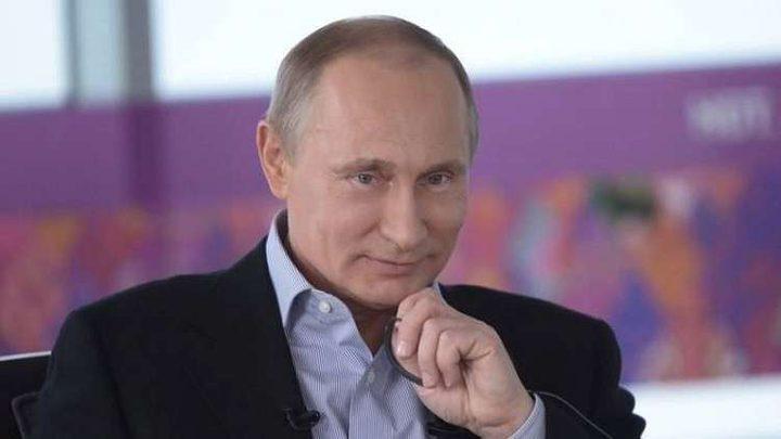 """عطر """"بوتين"""" في الأسواق الروسية!"""