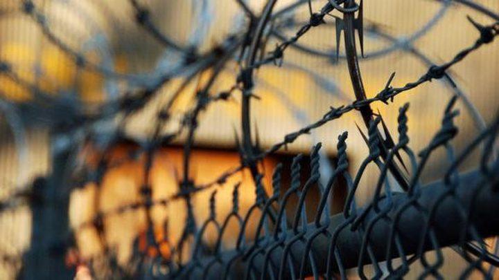 إدارة السجون تماطل في تقديم العلاج لثلاثة أسرى