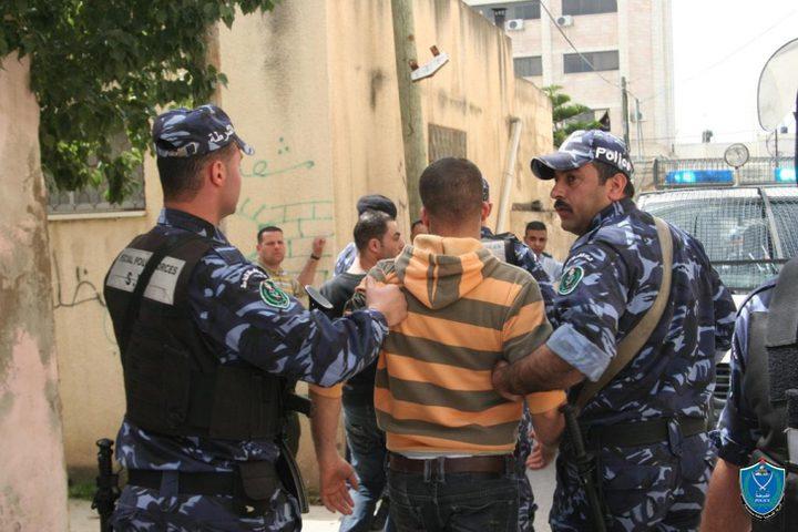 (محدث) شرطة قلقيلية تقبض على مطلوب خطير ومحكوم 3 سنوات
