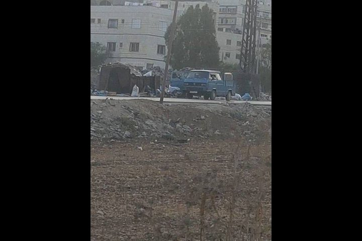 مخالفة بقيمة (1000)شيكل لسائق ألقى نفايات قرب مدرسة في نابلس