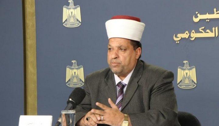 ادعيس يستنكر الاعتداء على حديقة المسجد الإبراهيمي