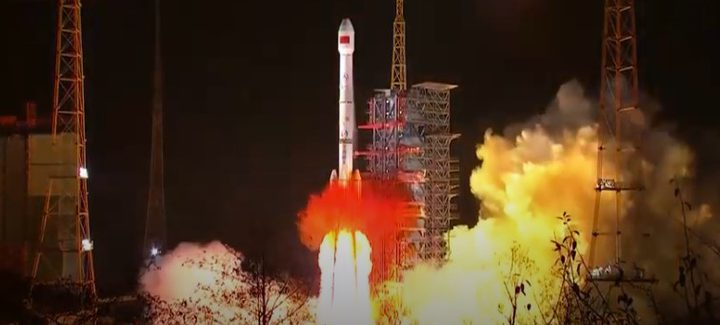 """الصين.. خطة جديدة """"تتجاوز كل الحدود"""" على القمر"""