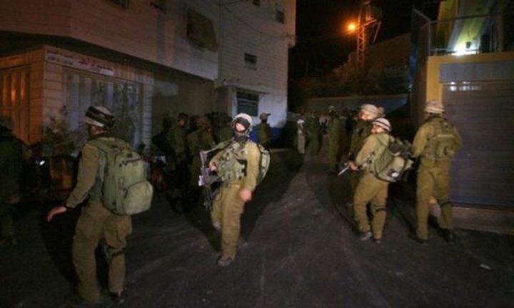 الاحتلال يداهم منزلا في قباطية ويعيق تحركات المواطنين