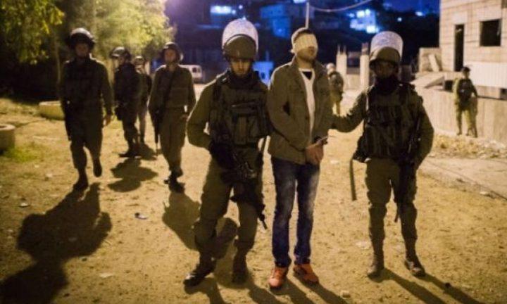 الاحتلال يعتقل شابا من اليامون