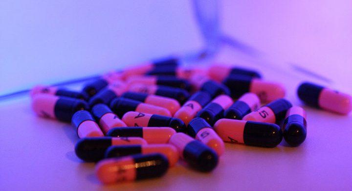 علماء يطورون طريقة جديدة وفعالة لتعاطي الأدوية