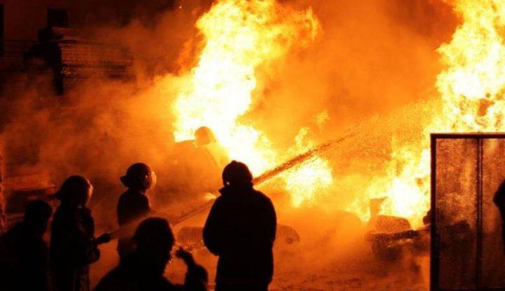 حريق داخل منزل في عناتا شمال القدس