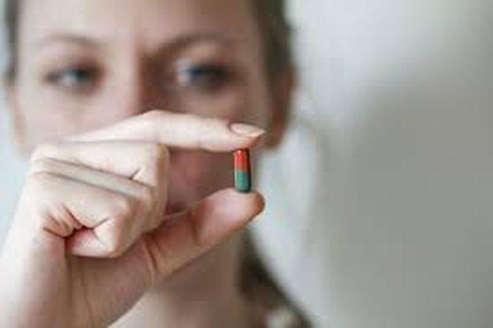 باحثة تسعى لإيجاد حبة دواء لمعالجة مشاكل صحية مرتبطة بالوحدة