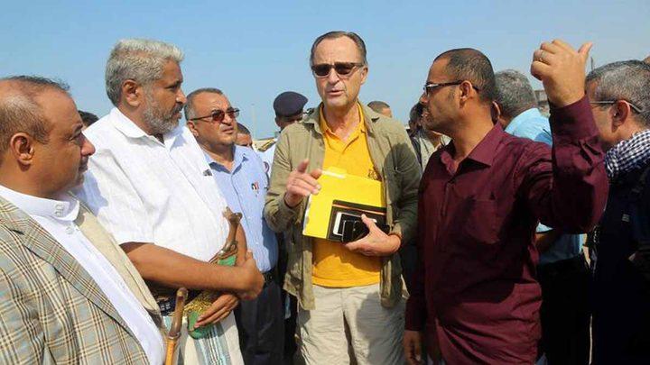 الحوثيون يطلقون النار على المراقبين الدوليين بالحُديدة