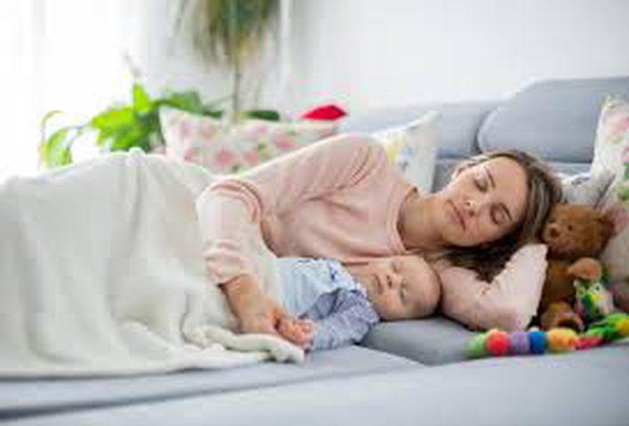 طرق سهلة لجعل المولود الجديد ينام بسرعة