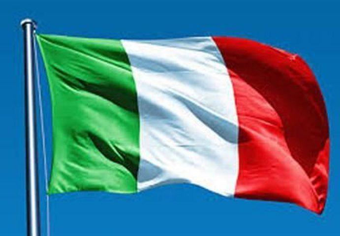 """الخارجية الإيطالية: موظفو رجال درك """"الكارابنيري"""" الثلاثة عاد"""