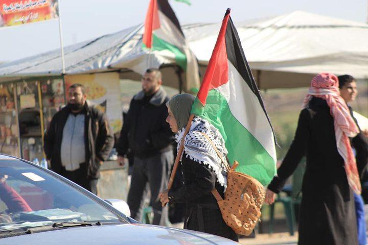 اصابات برصاص الاحتلال وبالاختناق شرق قطاع غزة