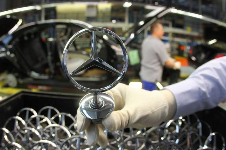 مرسيدس تعلن عزمها إنشاء مصنع جديد في مصر