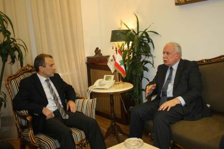 المالكي يطلع نظيره اللبناني على آخر المستجدات