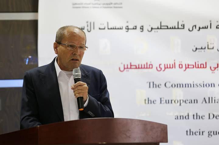 """أبو بكر يحمل إدارة معتقل """"عوفر"""" المسؤولية  عن حياة الأسرى"""