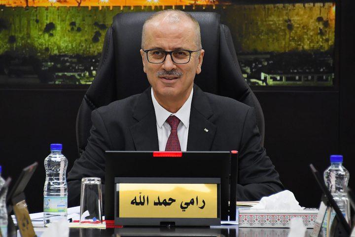 الكاتب أبو شريف يشيد بنزاهة وكفاءة د. الحمد الله