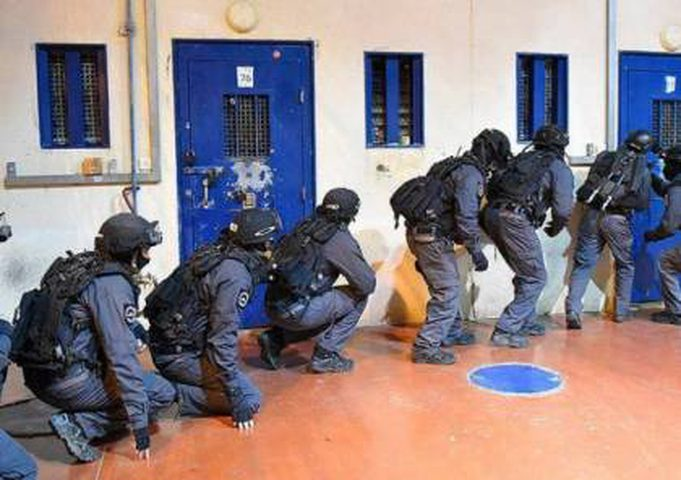 توتر في سجن مجدو بعد إغلاق أحد الأقسام