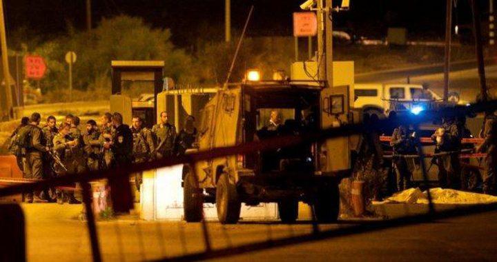 الاحتلال يعتقل شاباً بعد اصابته قرب بيت لحم