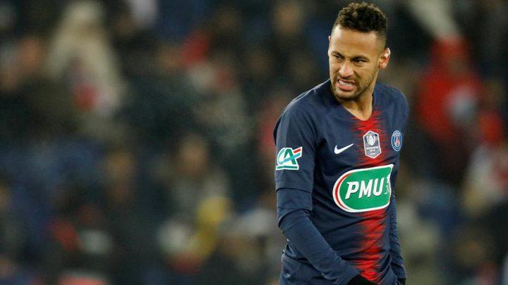 """بعد الإصابة.. نيمار يقرر الذهاب لبرشلونة و""""يثير الجدل"""""""