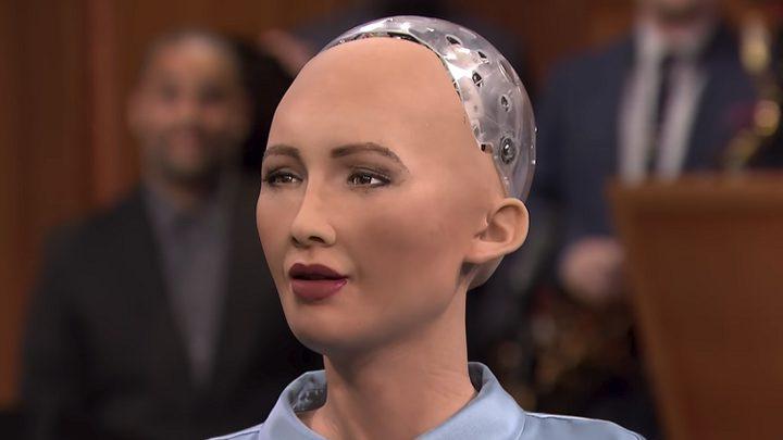"""الاتحاد الأوروبي يستبدل قضاة بشر بـ """"روبوتات ذكية"""""""