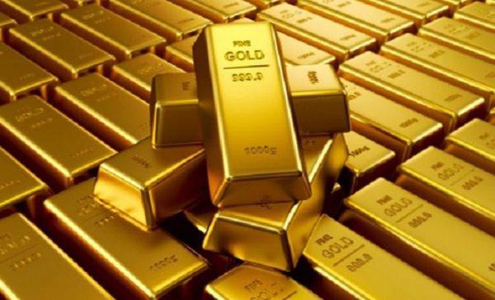 تراجع الذهب عالميا من أعلى مستوى في 9 أشهر