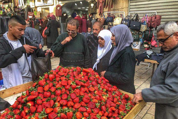 حالة التسوق في باب العمود في القدس المحتلة
