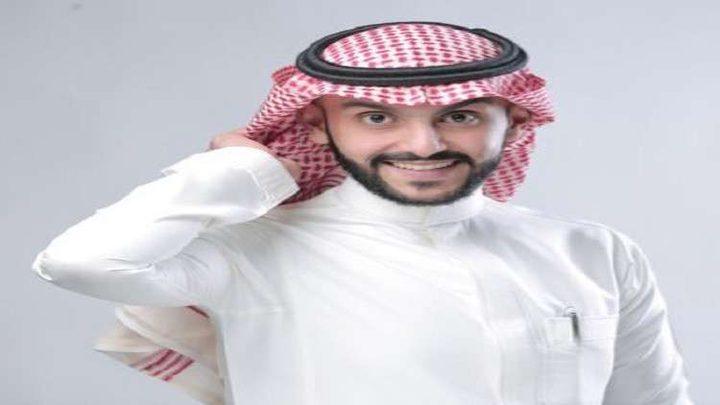 مذيع سعودي يصدم فتاة أثناء البث المباشر!