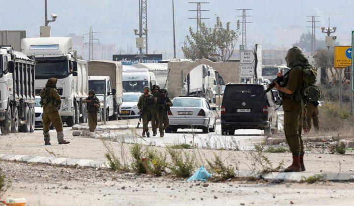 الاحتلال يغلق حاجزي حوارة وزعترة لتأمين مسيرة للمستوطنين