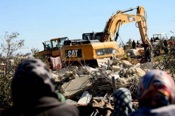 الاحتلال يهدم منزلا في الولجة