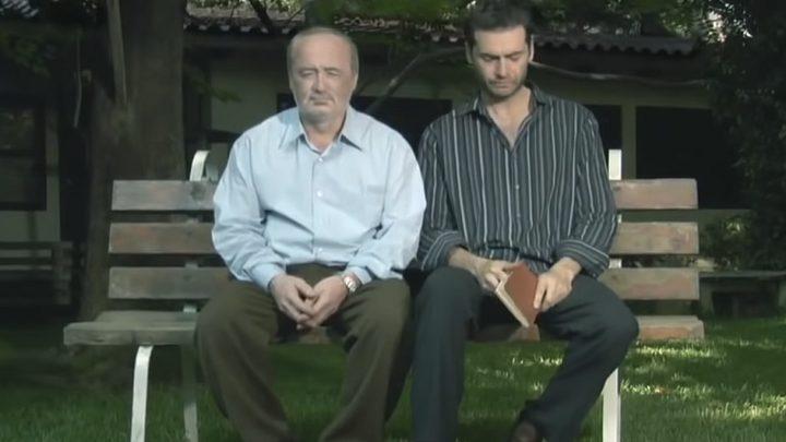 أب يقاضي ابنه الوحيد لسبب غريب