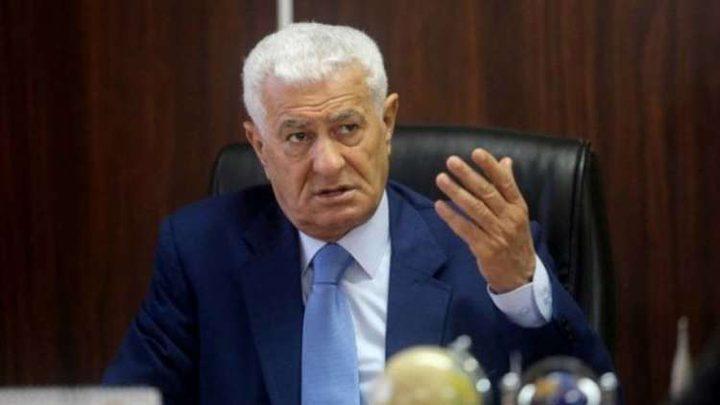عباس زكي يشن هجوما حادا على قطر ويتهمها بمساندة الاحتلال