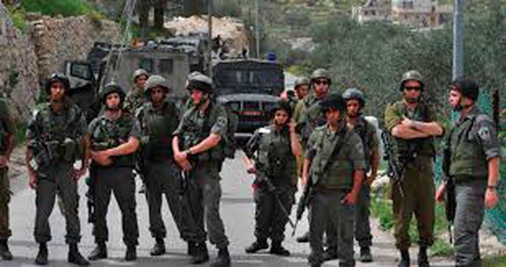 الاحتلال يخرب بسطات الباعة ويستولى على أخرى جنوب الخليل