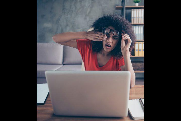 ما هى متلازمة النظر للكمبيوتر؟ أسبابها وأعراضها وعلاجها