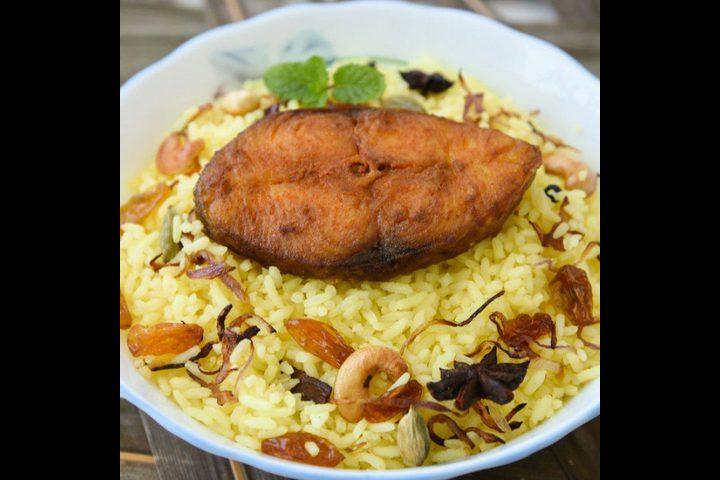 سمك بوري مشوي مع أرز صيادية