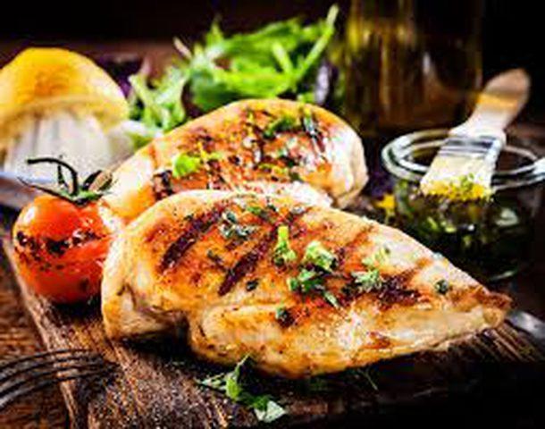 كيف يساهم تناول اللحوم في الإصابة بمرض الكبد الدهني