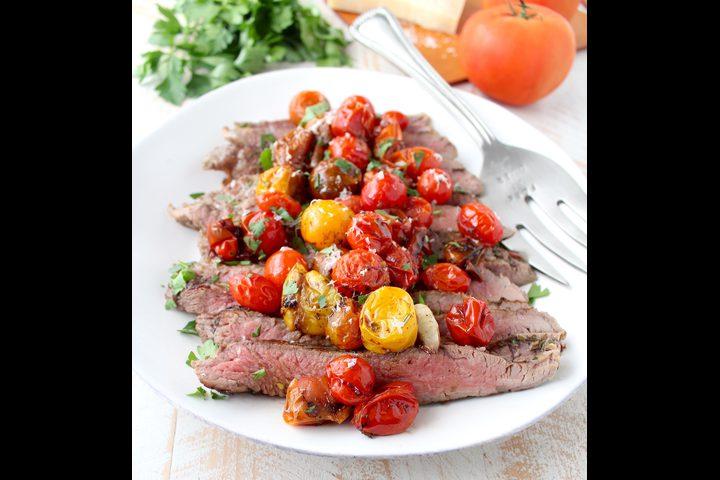 طريقة عمل ستيك اللحم بالطماطم
