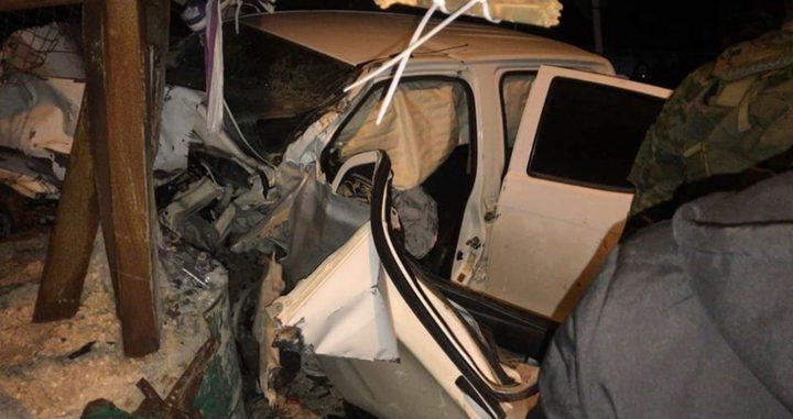 الشرطة: اصابة 8 مواطنين بحادث سير بين مركبتين في مدينة يطا