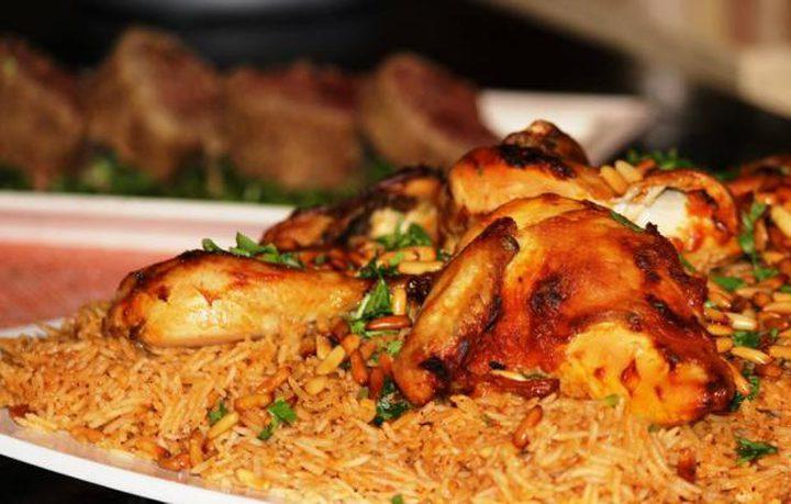 دجاج محمّر مع الأرز الشرقي