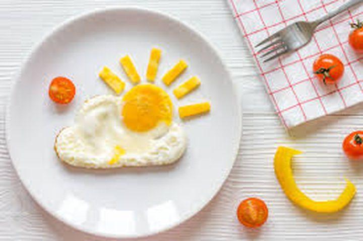 هل يجب تجنب صفار البيض لفقدان الوزن؟